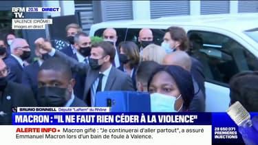 """Emmanuel Macron giflé: pour Bruno Bonnell, """"il faut que toute la classe politique arrête d'entretenir un climat de violence"""""""
