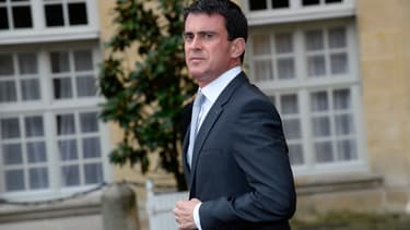 Manuel Valls dans la cour de l'hôtel de Matignon, le 17 novembre 2014.