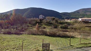 Les faits se sont déroulés dans une ferme du village de Saint-Florent-sur-Auzonnet, près d'Alès.