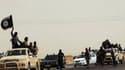 Capture d'écran d'une vidéo mise en ligne le 14 juin 2014 sur le site Welayat Salahuddin, montrant des militants de l'Etat islamique en Irak.