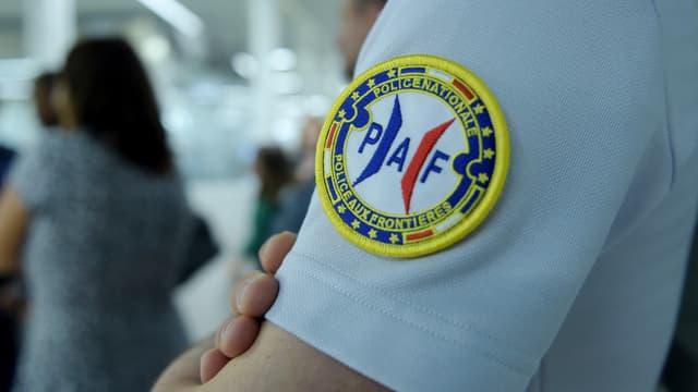 Un écusson de la police aux frontières (PAF).