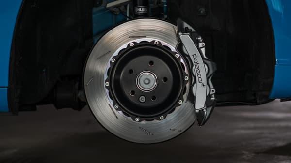La V60 Polestar consommera 7,8 litres aux 100km et aura de nouvelles roues et freins.