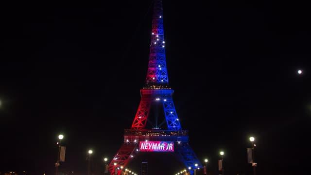Samedi dernier, la Tour Eiffel s'illuminait des couleurs du PSG, pour souhaiter à Neymar.