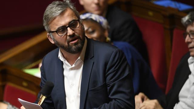 Le député FI de Seine-Saint-Denis Alexis Corbière, lors d'une session de questions au gouvernement le 16 janvier 2018 à l'Assemblée nationale.