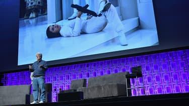 George Lucas a rendu hommage à Carrie Fisher pendant la Star Wars Celebration à Orlando, en Floride, le 13 avril 2017
