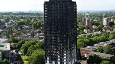 La Grenfell Tower de Londres, ravagée par un violent incendie.