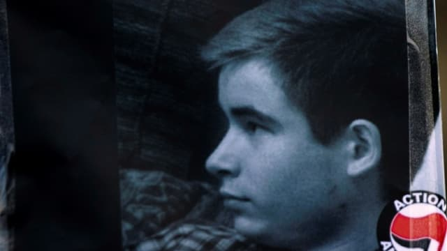 Clément Méric, 18 ans, étudiant à Sciences-Po, se remettait tout juste d'une leucémie. Il était un jeune homme engagé, décrit par beaucoup comme brillant et frêle