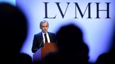 Le patron de LVMH, Bernard Arnault, dont la richesse est évaluée à 82 milliards de dollars, occupe la troisième place de ce classement en 2020.