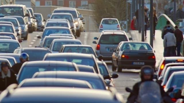 En Occitanie, PACA et Ile-de-France, on ne respecte pas vraiment les distances de sécurité.