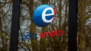Au total, l'Insee a comptabilisé 2,75 millions de chômeurs en moyenne au 1er trimestre.