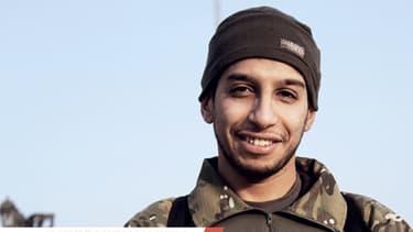 Photo non datée d'un homme présenté comme Abdelhamid Abaaoud, un jihadiste belge soupçonné d'être le commanditaire des attentats de Paris.