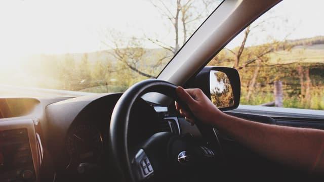 Les Hauts-de-France adoptent l'expérimentation d'une aide au permis de conduire pour 1.000 jeunes en insertion.