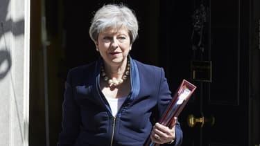 La Première ministre britannique Theresa May réunit ce mardi ses principaux ministres.