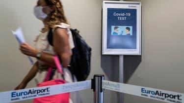 Un test négatif datant de moins de 48h est obligatoire pour entrer dans de nombreux pays