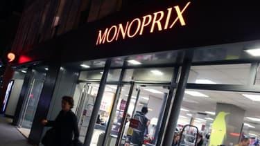 La CGT accuse Monoprix de ne pas avoir respecté une décision de justice sur le travail de nuit.