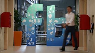 Deux chercheurs de Facebook s'interrogent sur le comportement des abonnés des réseaux sociaux. Est-il néfaste d'y consacrer trop de temps?