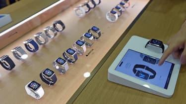 Apple étend la commercialisation de l'Apple Watch à d'autres canaux de vente pour en doper la diffusion.