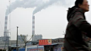La production industrielle chinoise connaît un ralentissement.
