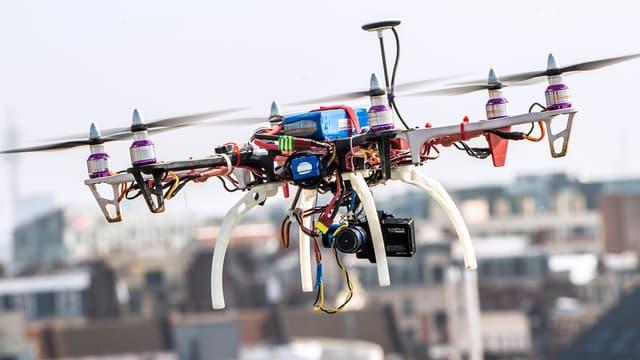 L'encadrement strict des drones est devenu indispensable à la gestion des risques inhérents à l'usage de ces appareils.