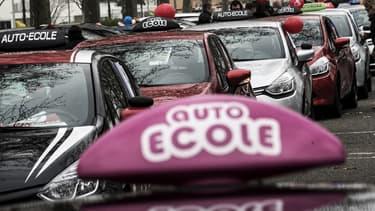 La réforme du permis de conduire, née de la loi Macron, continue de susciter des vagues.