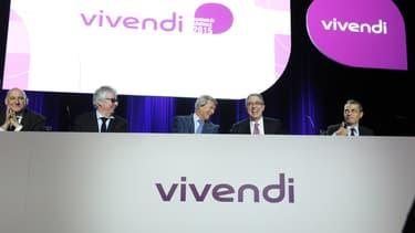 Stéphane Roussel, Hervé Philippe, Vincent Bolloré, Arnaud de Puyfontaine et Frédéric Crépin en 2015 lors de l'assemblée générale de Vivendi