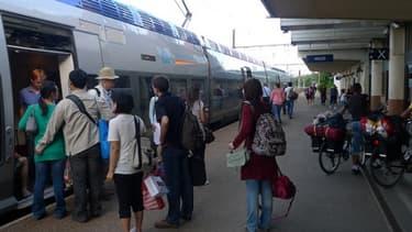 Le report des lignes à grande vitesse arrangerait la SNCF.
