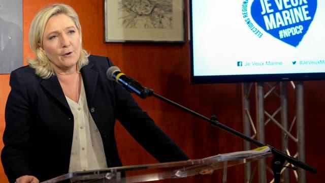 Marine Le Pen en campagne pour la présidence de la région Nord-Pas-de-Calais/Picardie.