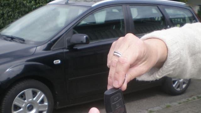 """La location de voiture en autopartage ne relève pas des activités de """"co-consommation"""" pour le fisc et reste imposable dans les conditions de droits commun."""