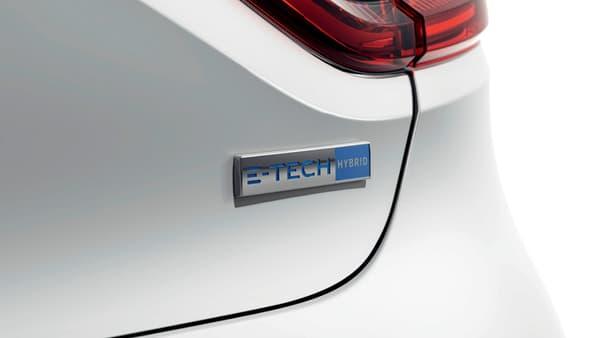 """Le logo """"E-Tech"""" qui habillera les Clio hybrides"""