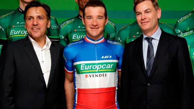 Jean-René Bernaudeau (à gauche) et Thomas Voeckler, le champion de France 2010