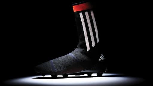 La Primeknit d'Adidas est un hybride entre la chaussette et la chaussure, tout comme la Magista de Nike.