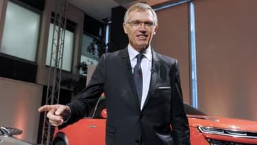 PSA Peugeot Citroën anticipe une évolution de 10 à 40 millions d'utilisateurs de l'autopartage d'ici à 2020 dans les cinq principaux pays européens.