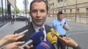"""""""Monsieur Sarkozy dormait presque avec monsieur Kadhafi sous une tente à Paris et il est choqué?"""", a pointé Benoît Hamon."""