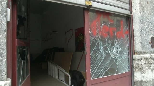 Le local PS de la Croix-Rousse, à Lyon, a été saccagé lors d'une manifestation contre la loi Travail.