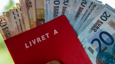 La hausse mensuelle moyenne des dépôts s'élève habituellement à 6 milliards d'euros. En mars 2020 elle est trois fois plus élevée