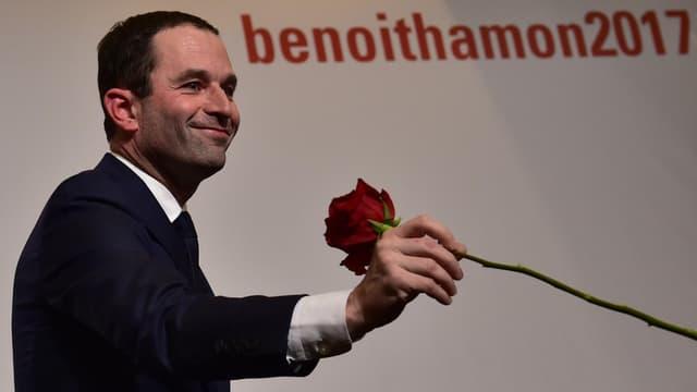 Benoit Hamon après sa victoire, dimanche soir