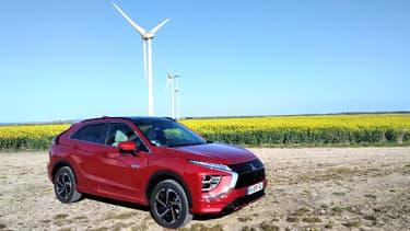 Mitsubishi a lancé l'Eclipse Cross PHEV pour remplacer son best-seller depuis près d'une décennie, l'Outlander hybride rechargeable.