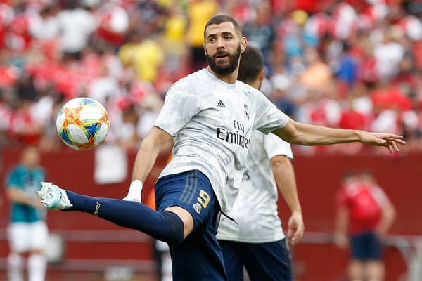 Karim Benzema fait admirer sa technique à l'entraînement