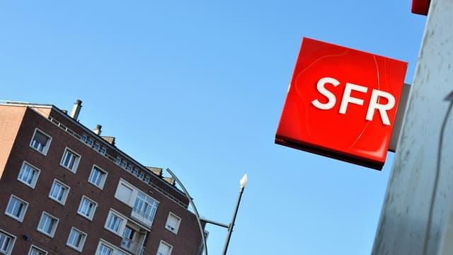 SFR répond à Free en lançant son offre 4G illimité
