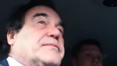Oliver Stone et Vladimir Poutine en voiture.
