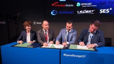 """L'Agence Spatiale Européenne (ESA) s'est associée avec 16 autres acteurs de l'aérospatiale afin de lancer l'initiative """"Satellite for 5G""""."""