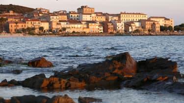Les prix immobiliers en Corse flambent sur les côtes