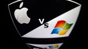 Jusqu'où ira Apple pour affronter Microsoft ? Aussi loin qu'elle le pourra en reniant même quelques principes dictés par Steve Jobs.