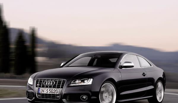 L'Audi S5 embarque une motorisation V6 3.0 de 333 chevaux.