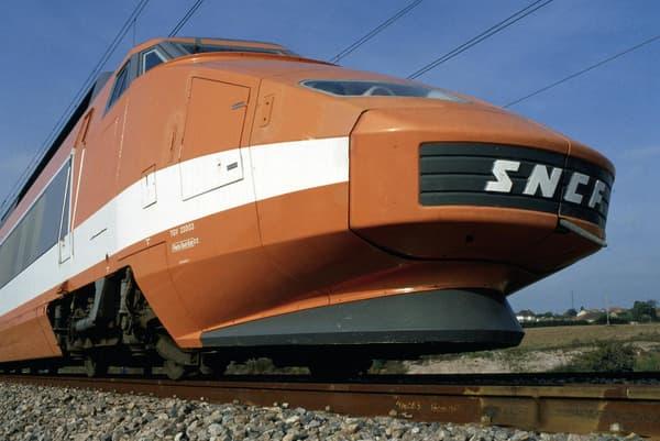 Le premier TGV Sud-Est