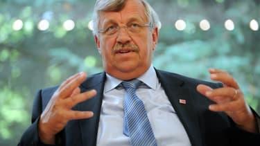 Walter Lübcke, 65 ans, président du district de Kassel en février 2012. - UWE ZUCCHI / DPA / AFP