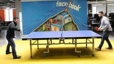 Facebook entasse ses bénéfices aux îles Caïmans