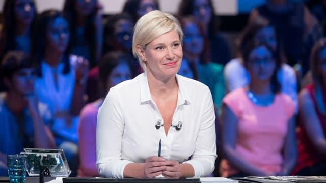 Maïtena Biraben sur le plateau du Grand Journal de Canal +.