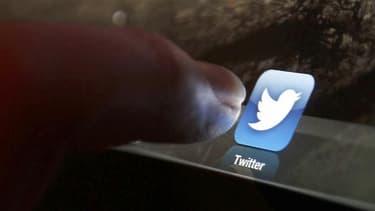 Twitter va livrer à la justice les données permettant de remonter vers les auteurs des tweets antisémites