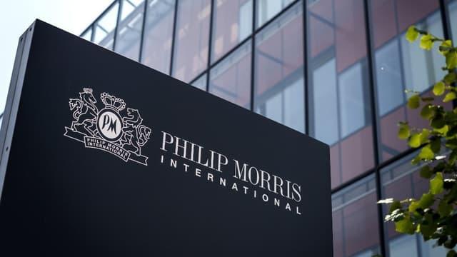 Philip Morris est entré en pourparlers pour fusionner avec Altria.